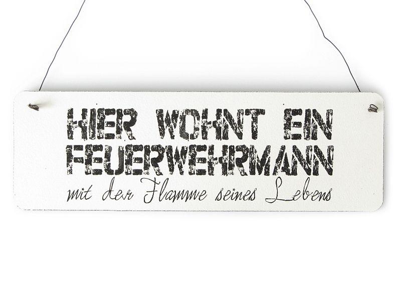 Shabby Vintage Schild Türschild HIER WOHNT EIN FEUERWEHRMANN Geschenkidee Deko