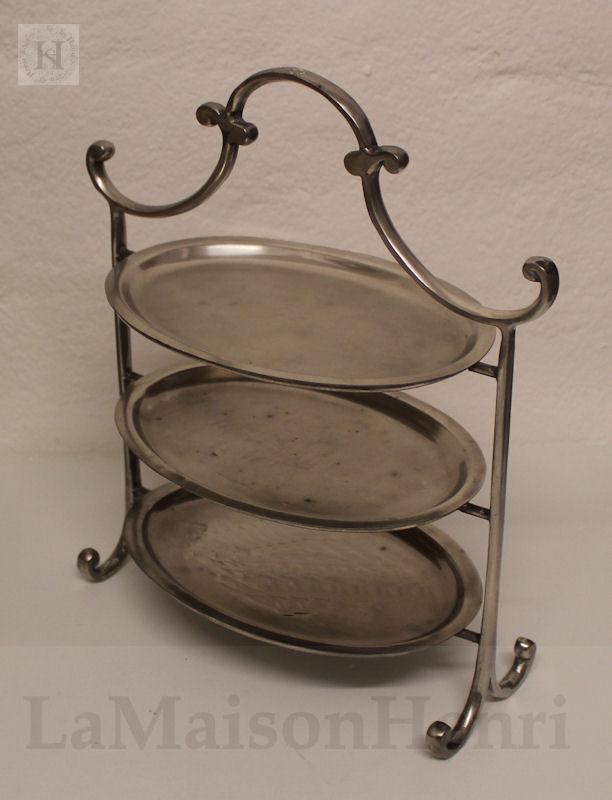ovale etagere mit 3 ebenen antik silberfarben shabby loock ebay. Black Bedroom Furniture Sets. Home Design Ideas