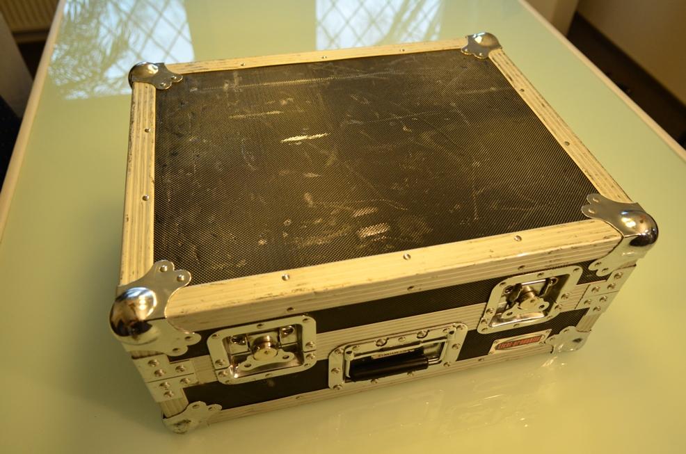 technics stanton dj plattenspieler turntable flight case. Black Bedroom Furniture Sets. Home Design Ideas