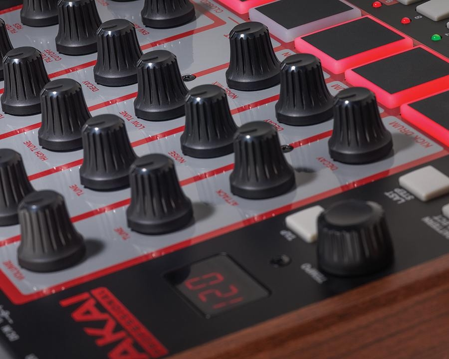 akai rhythm wolf analoge drum machine bass synthesizer step sequencer ebay. Black Bedroom Furniture Sets. Home Design Ideas