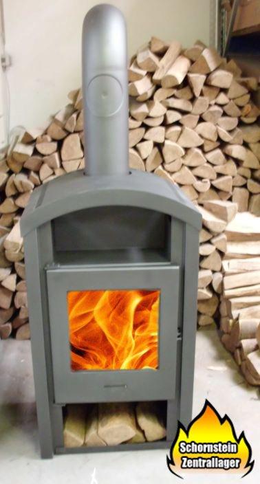gnstige kaminfen der ofen ist eine absolute wucht und brennt der griff bleibt auch im betrieb. Black Bedroom Furniture Sets. Home Design Ideas