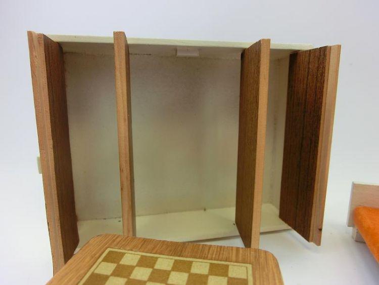 ddr puppenstube schlafzimmer m bel ddr 60er 70er jahre design schachtisch 161061 ebay. Black Bedroom Furniture Sets. Home Design Ideas