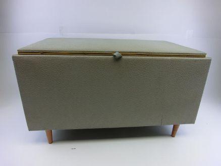 ddr w schetruhe w sche aufbewahrung grau 70er jahre retro 161340 ebay. Black Bedroom Furniture Sets. Home Design Ideas