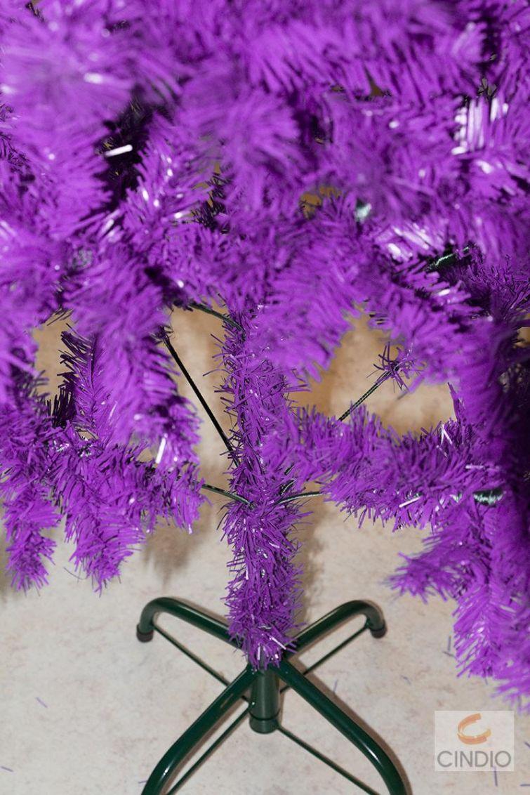 k nstlicher weihnachtsbaum in lila 150 cm christbaum. Black Bedroom Furniture Sets. Home Design Ideas