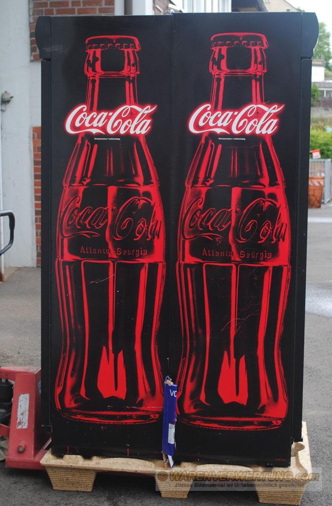 Schankraum / Gastro / Theke / Getränke - Kühlschrank Coca Cola ...