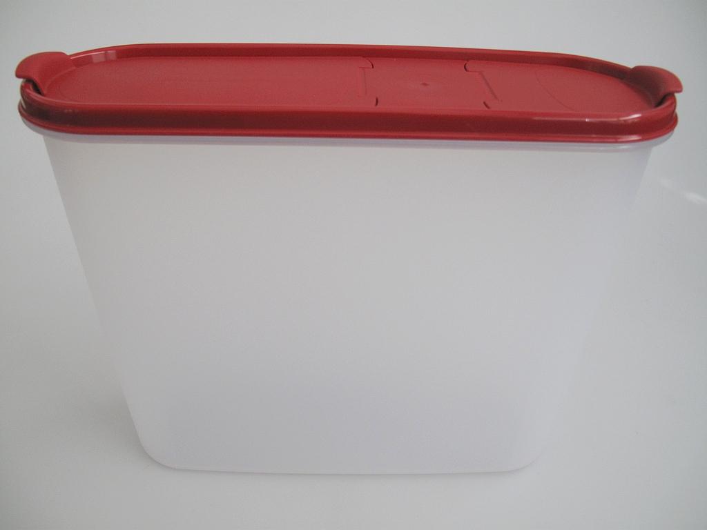 tupperware eidgenosse rot pasteria mit sch tte 4 0 l vorrat dose 4 ebay. Black Bedroom Furniture Sets. Home Design Ideas