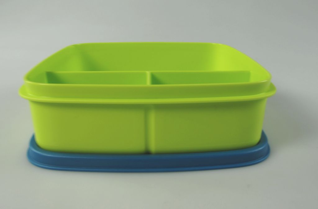 tupperware lunchbox beh lter gr n blau mit trennwand 550 ml brotbox schule kindi ebay. Black Bedroom Furniture Sets. Home Design Ideas