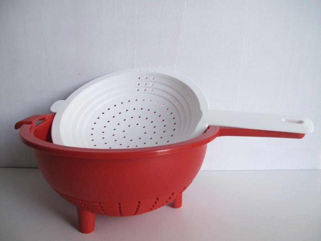 tupperware saladin sieb mit abtropfsieb salatschleuder salat gem se ebay. Black Bedroom Furniture Sets. Home Design Ideas
