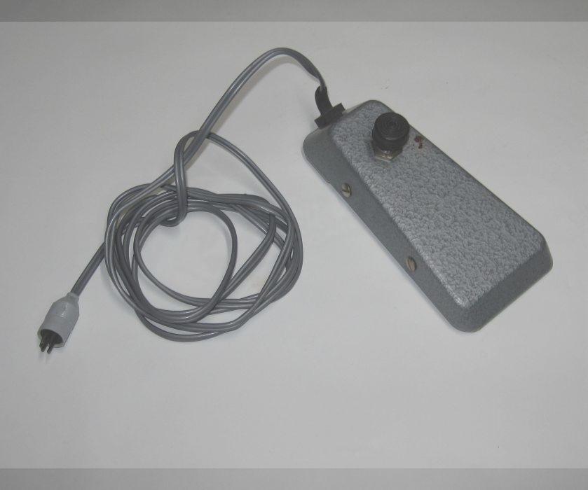 fu schalter fu taster pedale uher f211 mit din stecker 5. Black Bedroom Furniture Sets. Home Design Ideas