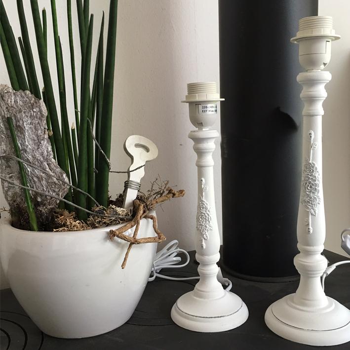 lampenfuss antique roses 32 cm holz wei shabby vintage nostalgie landhaus ebay. Black Bedroom Furniture Sets. Home Design Ideas