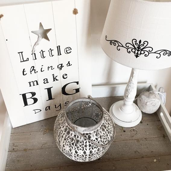 Laterne Windlicht Metall Weiß Shabby Vintage Weihnachten: Windlicht BAROCK Weiß-grau Laterne Teelicht Metall Shabby