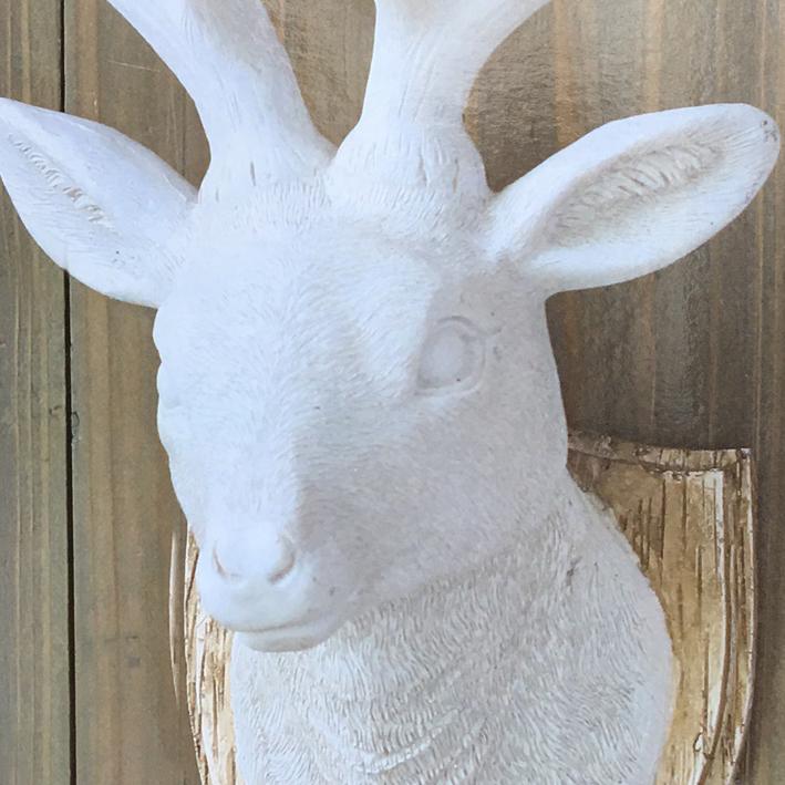 wand deko deer wei hirsch kopf geweih wanddekoration skulptur ebay. Black Bedroom Furniture Sets. Home Design Ideas