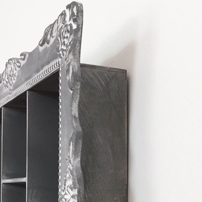 wandregal barock grau setzkasten deko regal landhaus. Black Bedroom Furniture Sets. Home Design Ideas