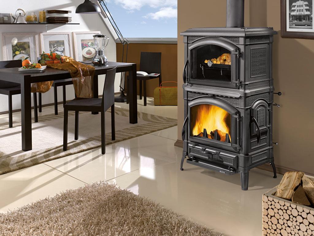 kaminofen gussofen la nordica isotta forno ofen guss mit. Black Bedroom Furniture Sets. Home Design Ideas