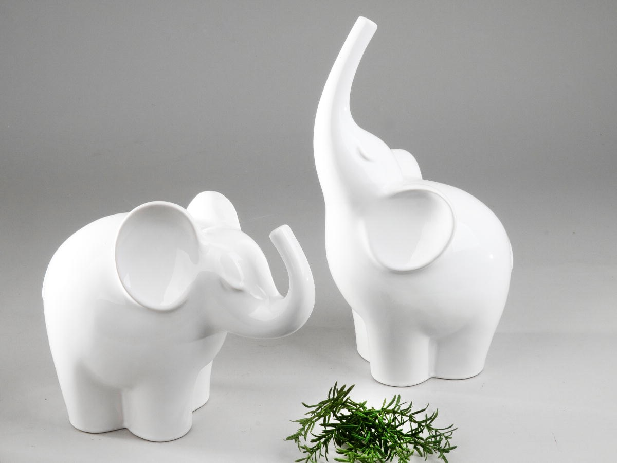 formano deko elefant aus keramik 25 cm wei glasiert. Black Bedroom Furniture Sets. Home Design Ideas