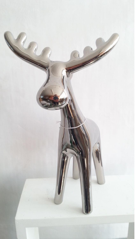 weihnachtsdeko rentier weihnachten deko elch dekofigur tischdeko weihnachtsfigur ebay. Black Bedroom Furniture Sets. Home Design Ideas
