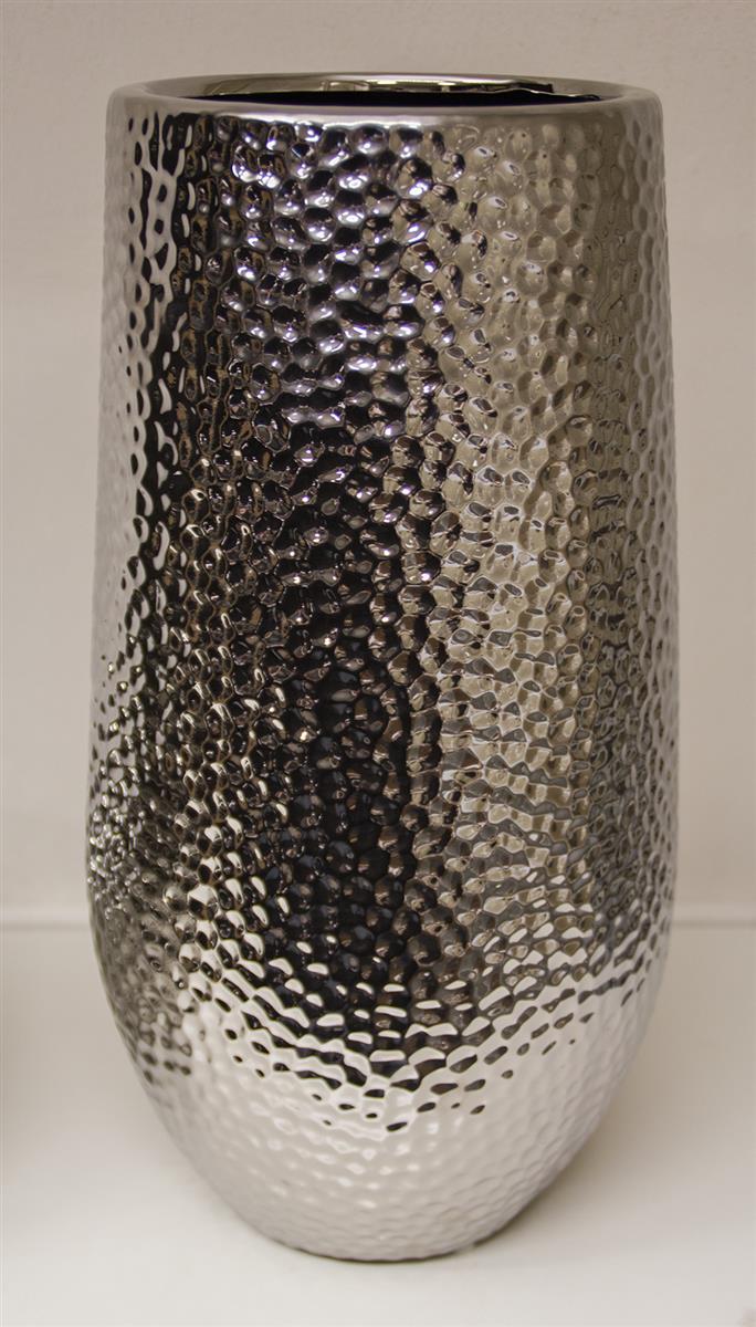 silberne deko vasen vasen silber hause deko ideen fensterdeko f r weihnachten silberne vasen. Black Bedroom Furniture Sets. Home Design Ideas