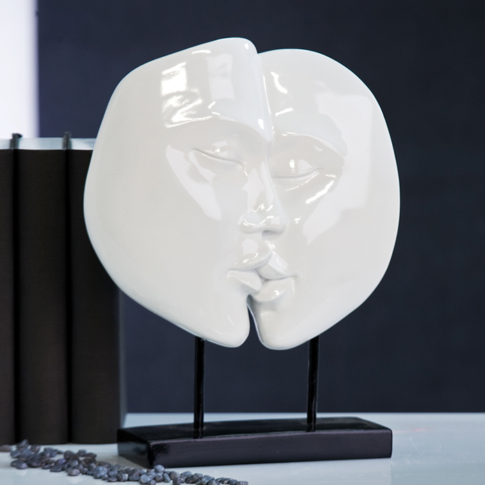 skulptur faces dekoration wei figur liebe ku paar 28cm. Black Bedroom Furniture Sets. Home Design Ideas