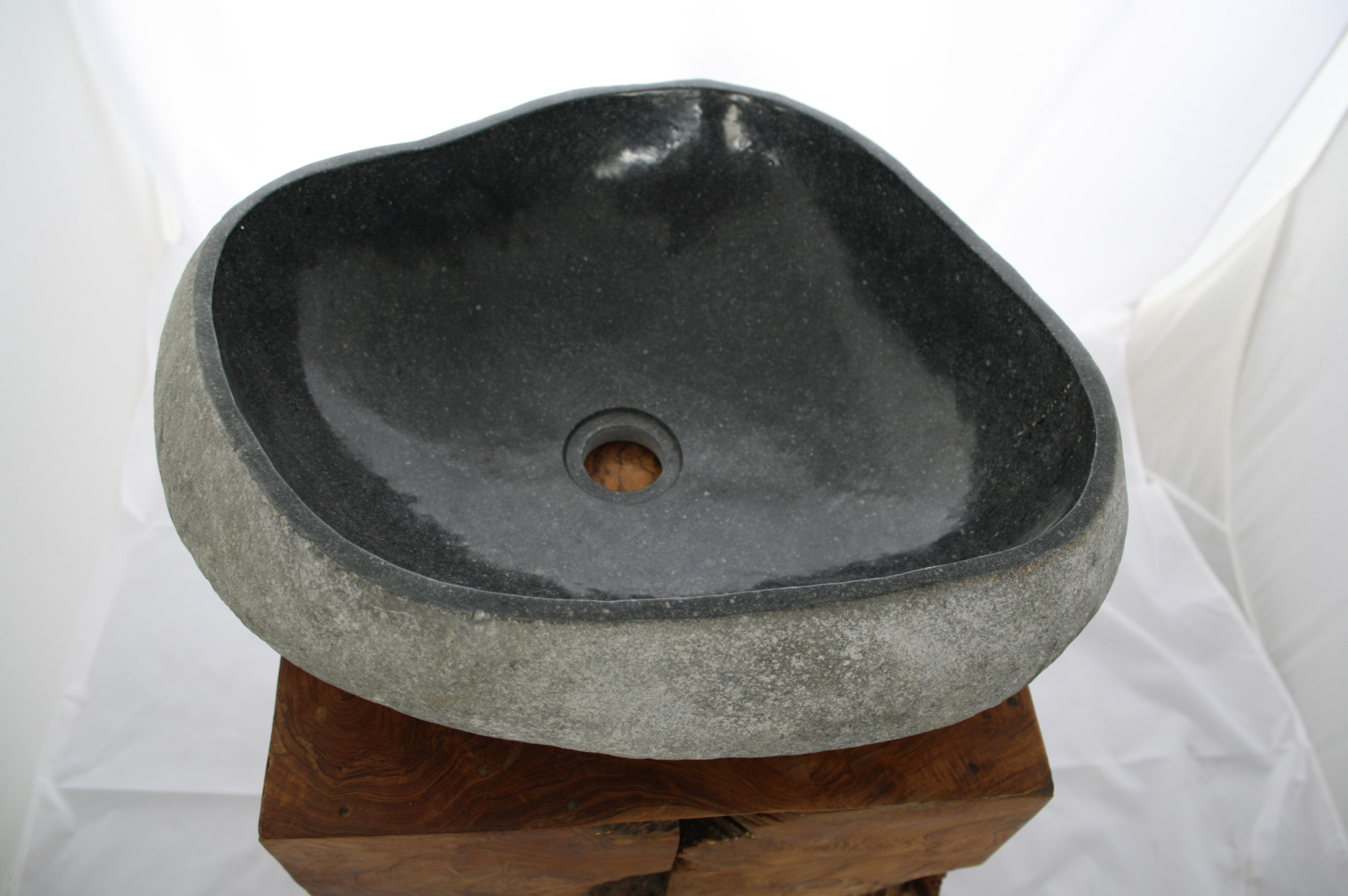 Naturstein Waschbecken Findling Waschtisch