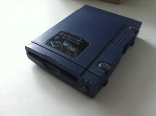 Originalverpacktes-Iomega-zip-Z100P2-Diskettenlaufwerk-Parallelport