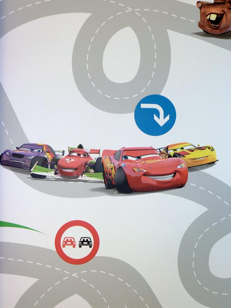 kids home tapete kinderzimmer df72599 pixar cars racetrack. Black Bedroom Furniture Sets. Home Design Ideas