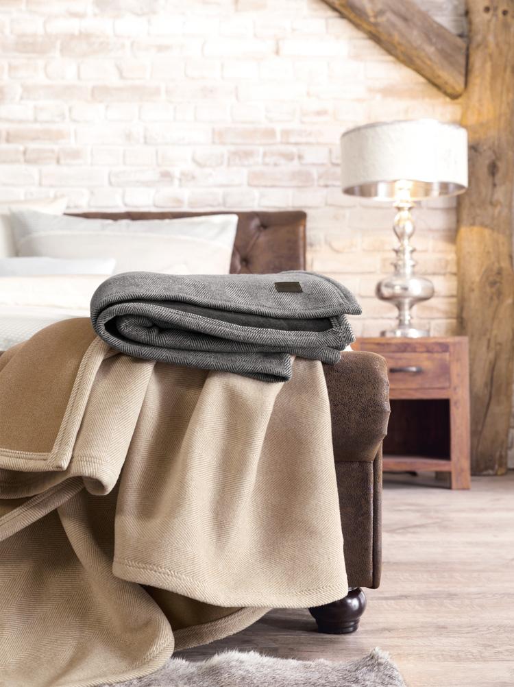 s oliver premium jacquard decke wolldecke 140 x 200 cm 2150 fb 800 wohndecke ebay. Black Bedroom Furniture Sets. Home Design Ideas