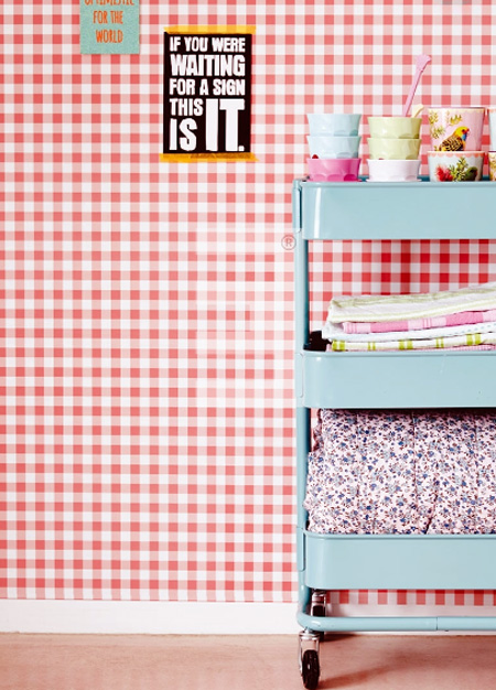 rice everyday magic vlies tapete 359082 karo kariert rot. Black Bedroom Furniture Sets. Home Design Ideas