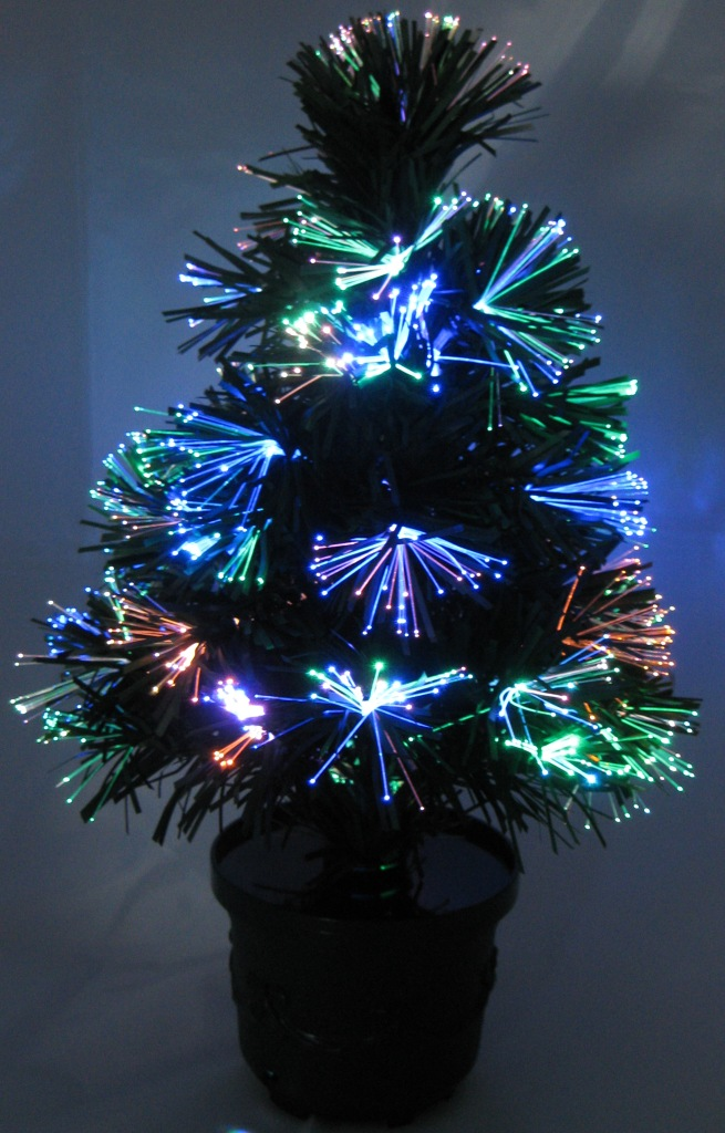 gro er led weihnachtsbaum tannenbaum 45cm mit glasfaser. Black Bedroom Furniture Sets. Home Design Ideas