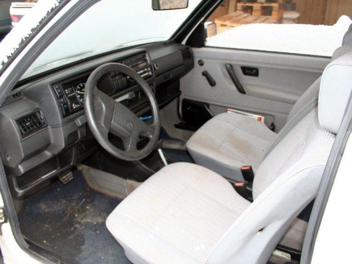 insolvenzverkauf vw golf 2 cl 1 6 benzin baujahr 91 wei. Black Bedroom Furniture Sets. Home Design Ideas