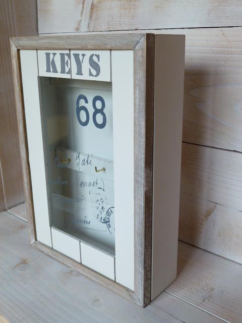 schl sselkasten keys schl sselschrank wei landhausstil holz 6 haken shabby. Black Bedroom Furniture Sets. Home Design Ideas