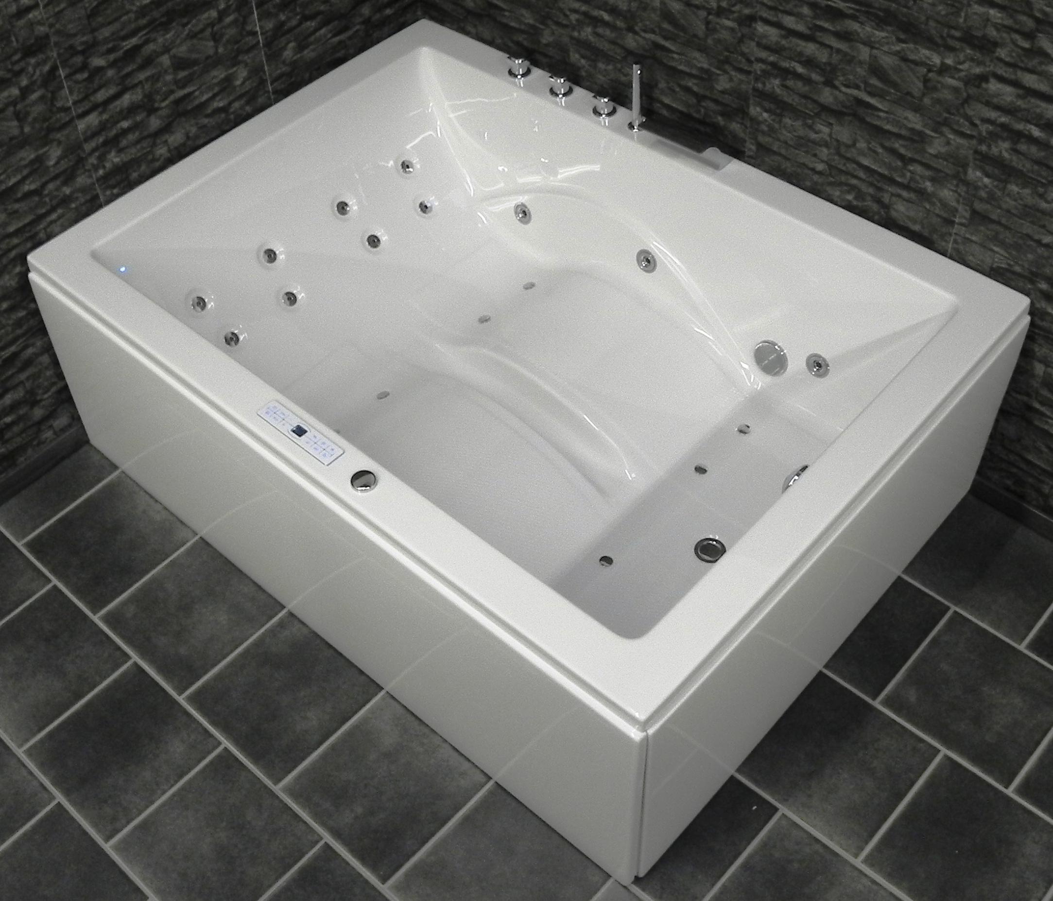 laura premium tourbillon de luxe baignoire g ant int rieur. Black Bedroom Furniture Sets. Home Design Ideas