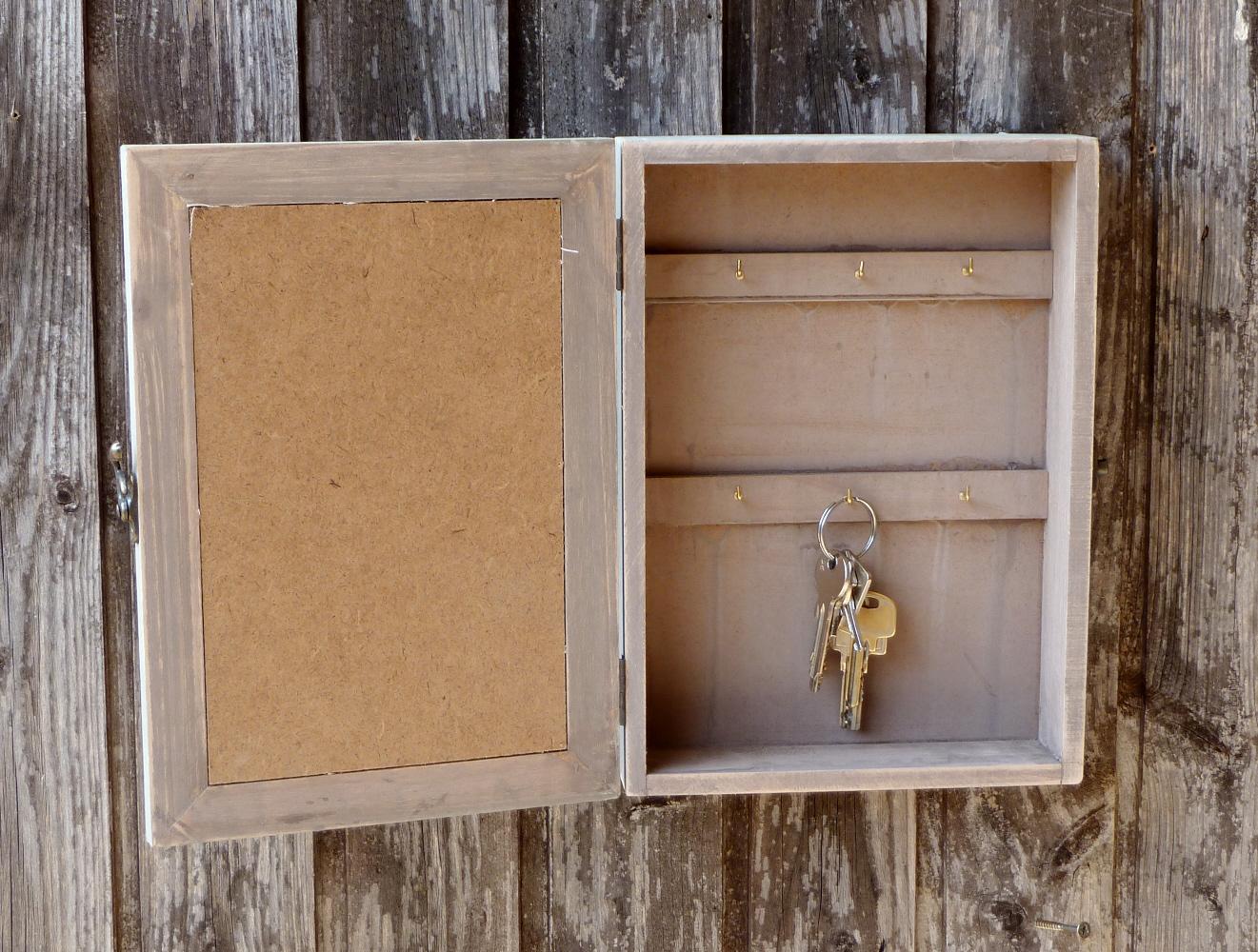 Schlüsselkasten Aus Holz : schl sselkasten aus holz shabby chic landhaus vintage 21x28x6cm ebay ~ Frokenaadalensverden.com Haus und Dekorationen