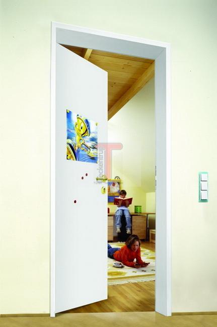 1000x2125 rechts ral 9016 typ zk innent r schuppent r kellert r stahlt r t r ebay. Black Bedroom Furniture Sets. Home Design Ideas