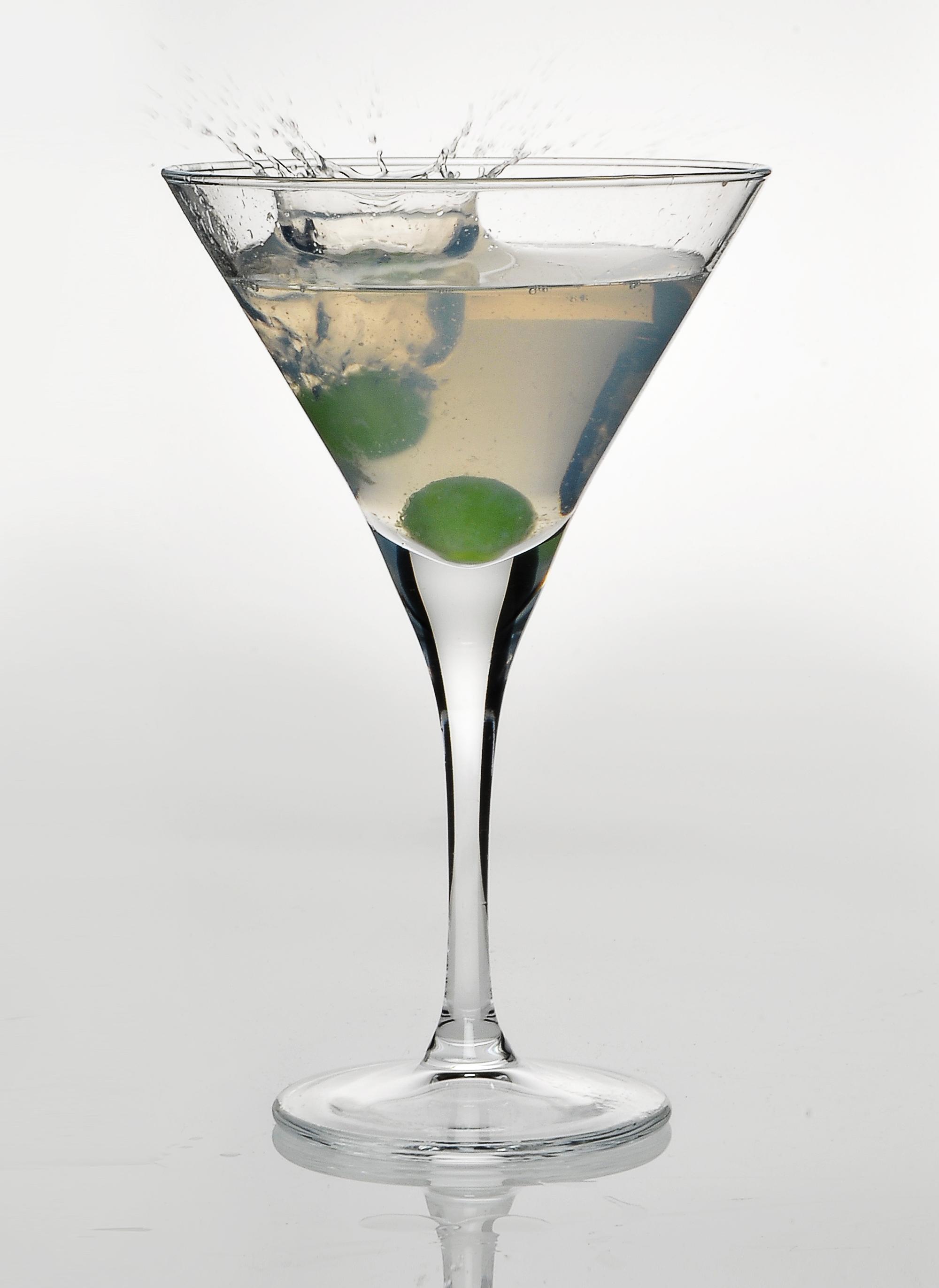 12 st ck martini gl ser cocktail gl ser schalen cocktailglas 246ml sektschale. Black Bedroom Furniture Sets. Home Design Ideas