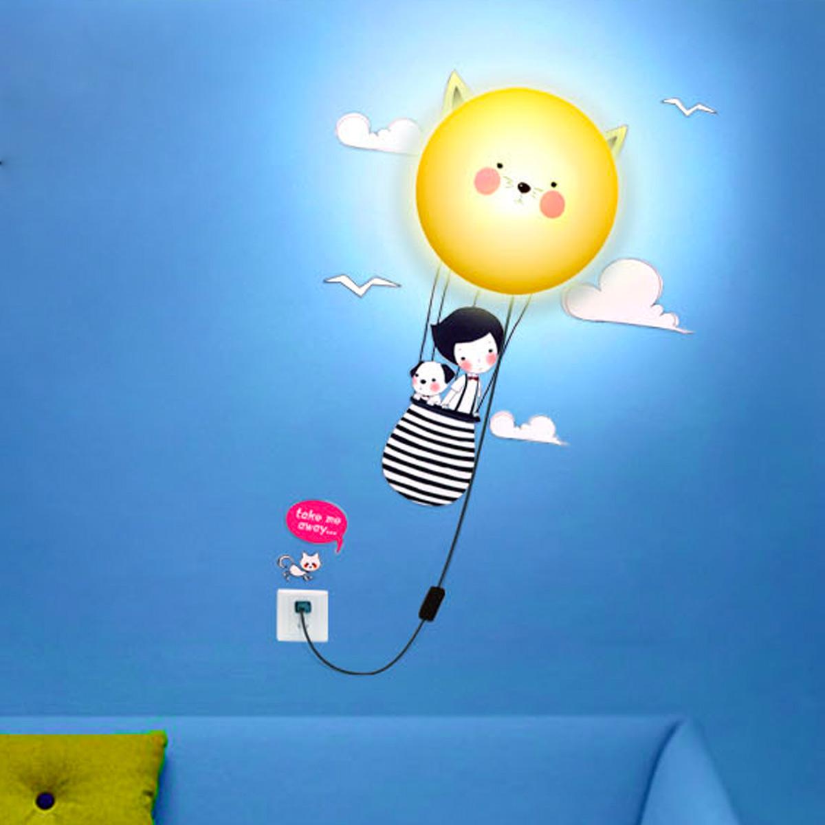 Kinderlampe wanddekoration kinderzimmer mit wandtattoo for Wanddekoration bilder